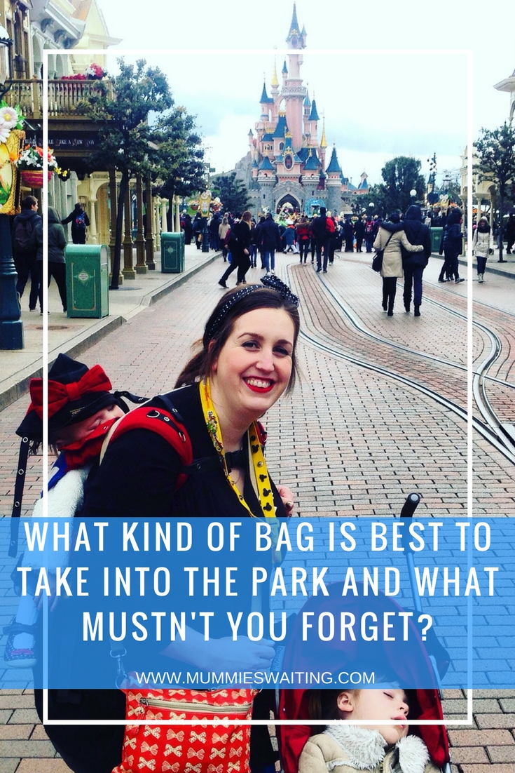 What kind of bag is best to take into the park and what mustn't you forget?