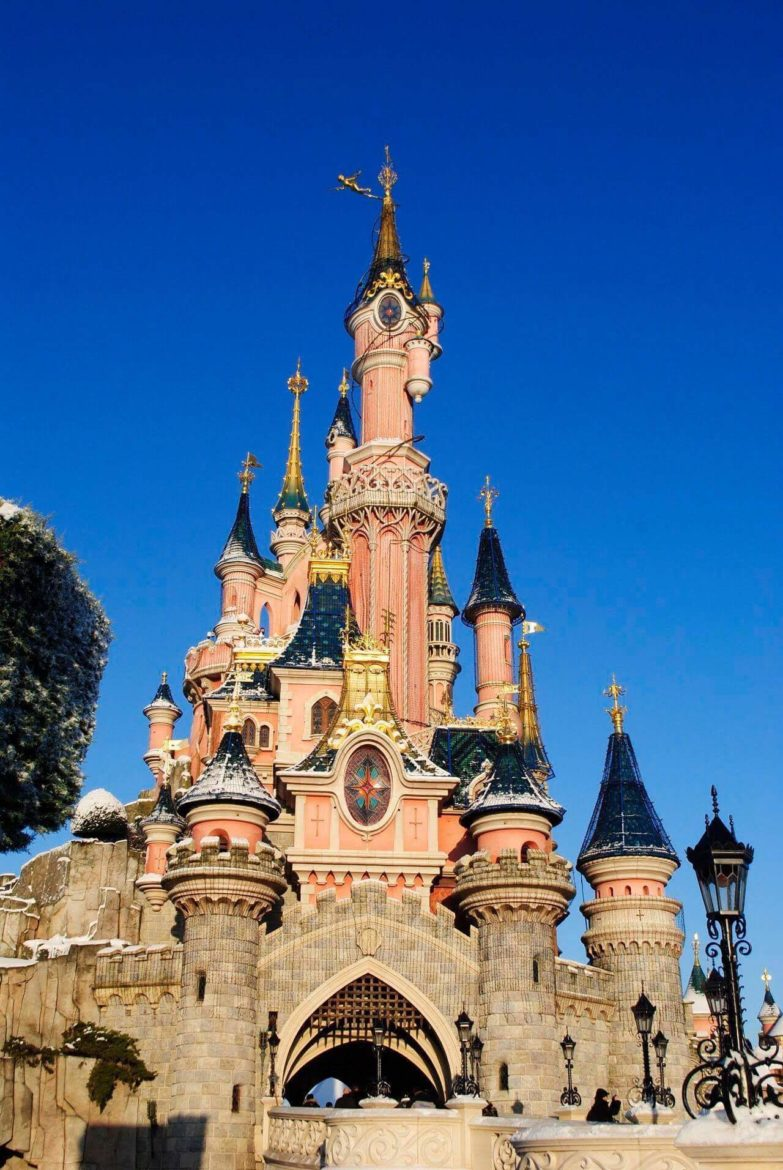 Disneyland Paris Castle with a light dusting of Snow