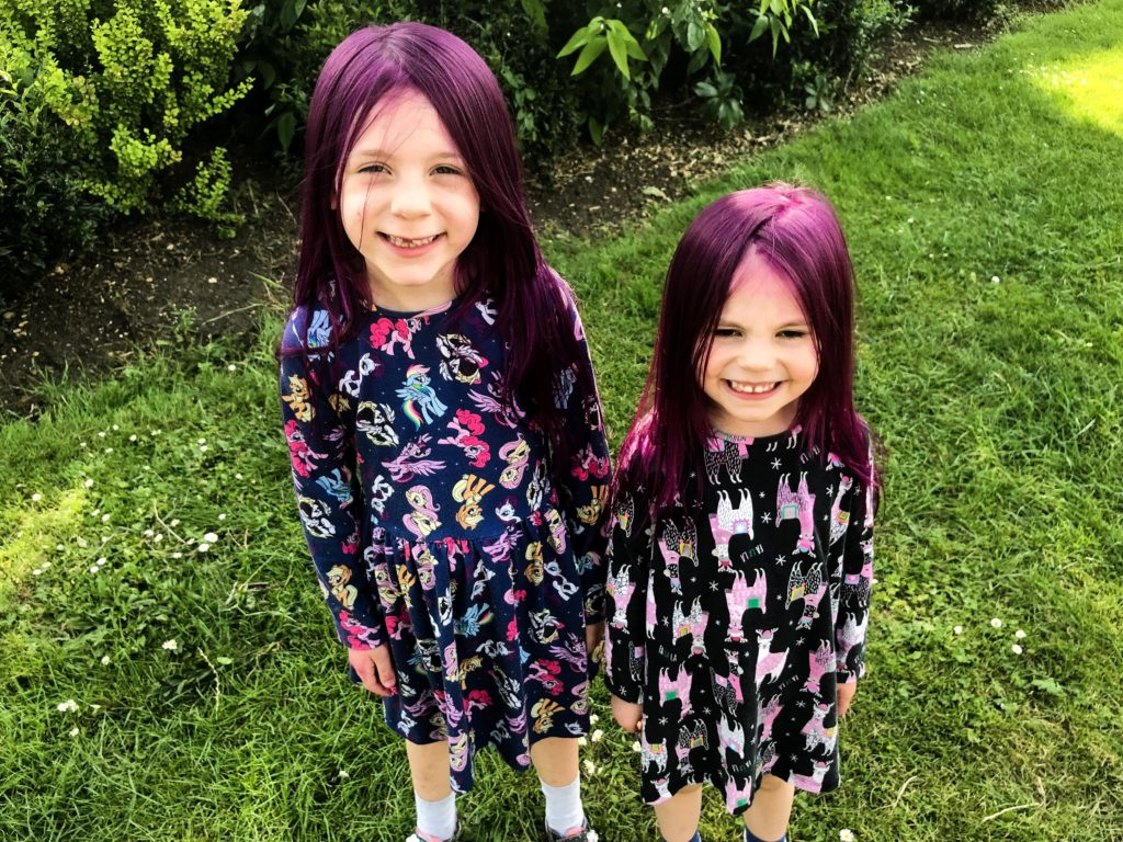Top tips for dying your kids hair BRIGHT - with no bleach!